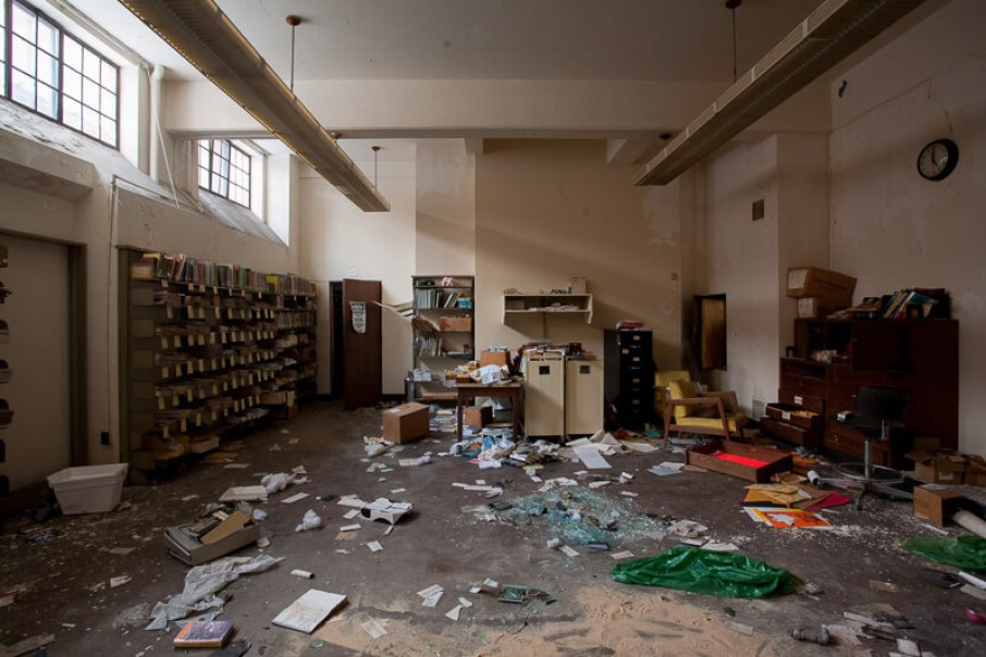 Biblioteca Publica de Detroit Mark Twian Branch 3