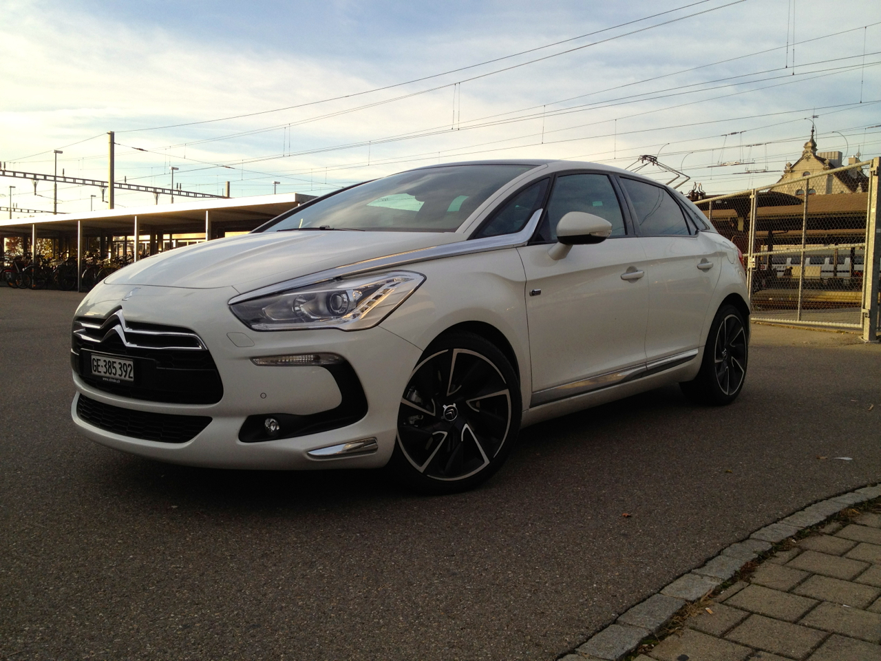 Citroën DS5 Hybrid: Hier ist alles anders