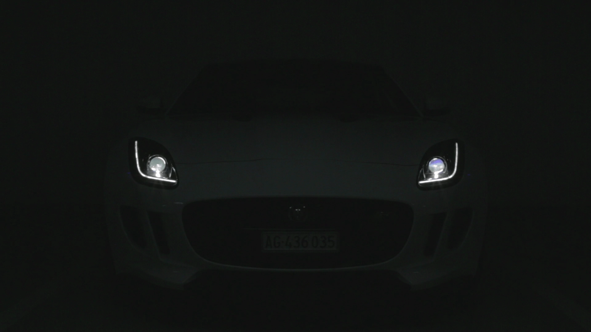 Video: Jaguar F-Type R Coupé