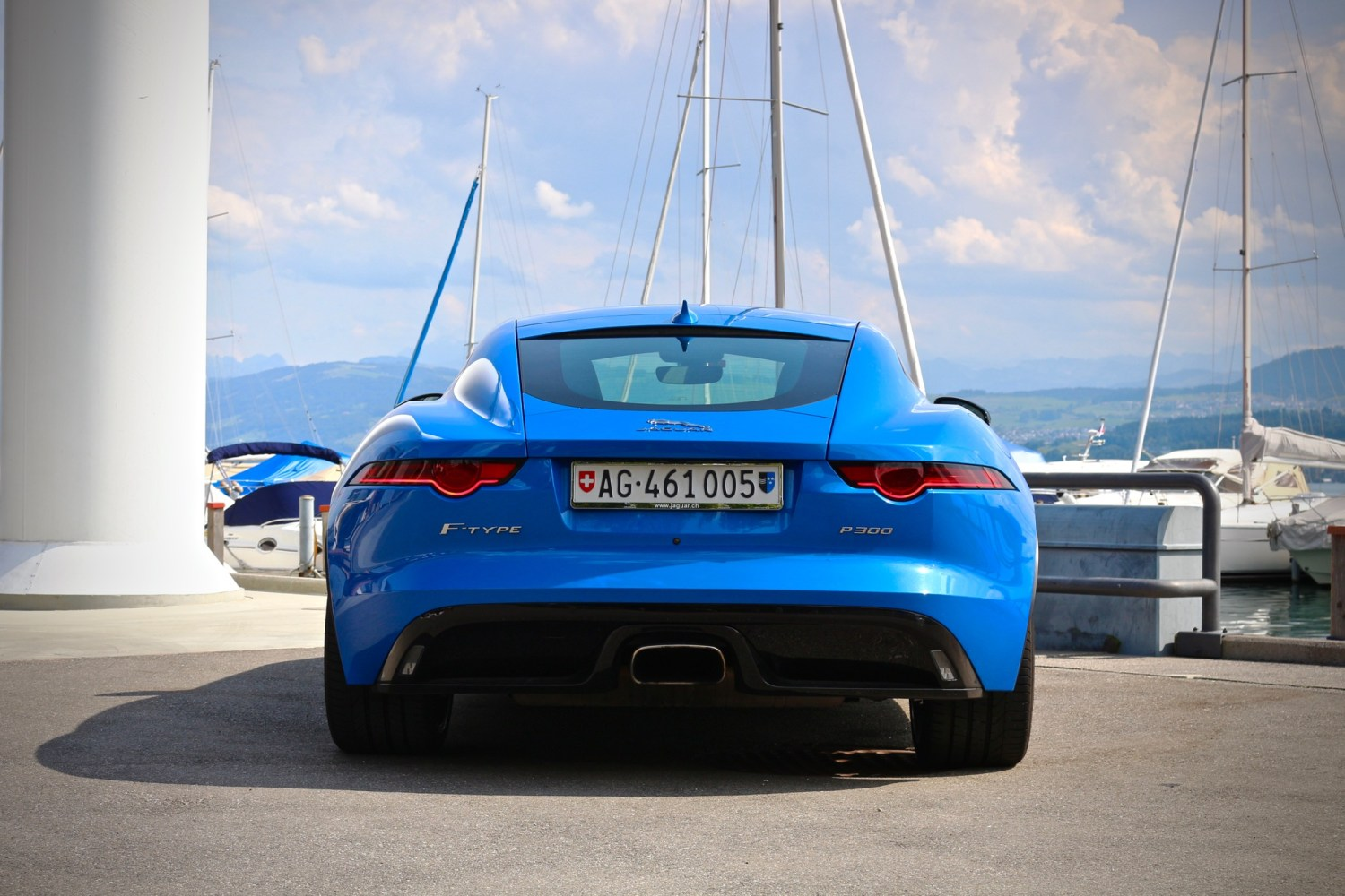 2018 Jaguar F-Type P300