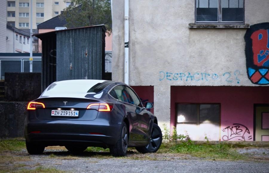 2019 Tesla Model 3 SR+