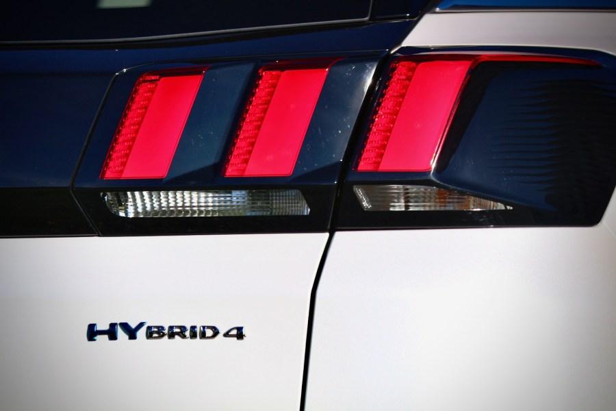 2019 Peugeot 3008 Hybrid4