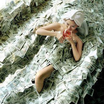 https://i1.wp.com/korben.info/app/uploads/2011/09/Girl_Money_Pool11.jpg?resize=340%2C339&ssl=1