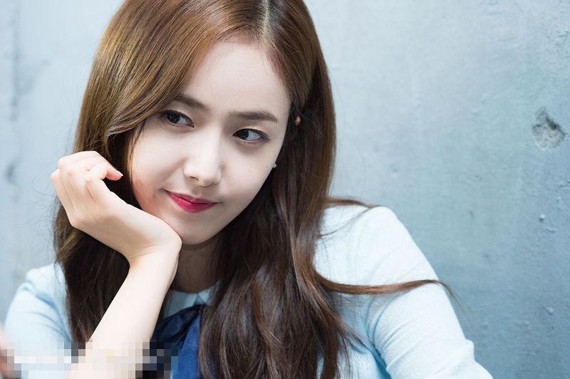 GFRIEND唯美寫真公開 鄭藝琳丁恩妃黃恩妃顯清純可愛【組圖】--韓國頻道--人民網