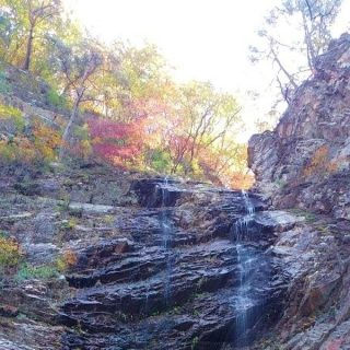 I visited the falls during Autumn