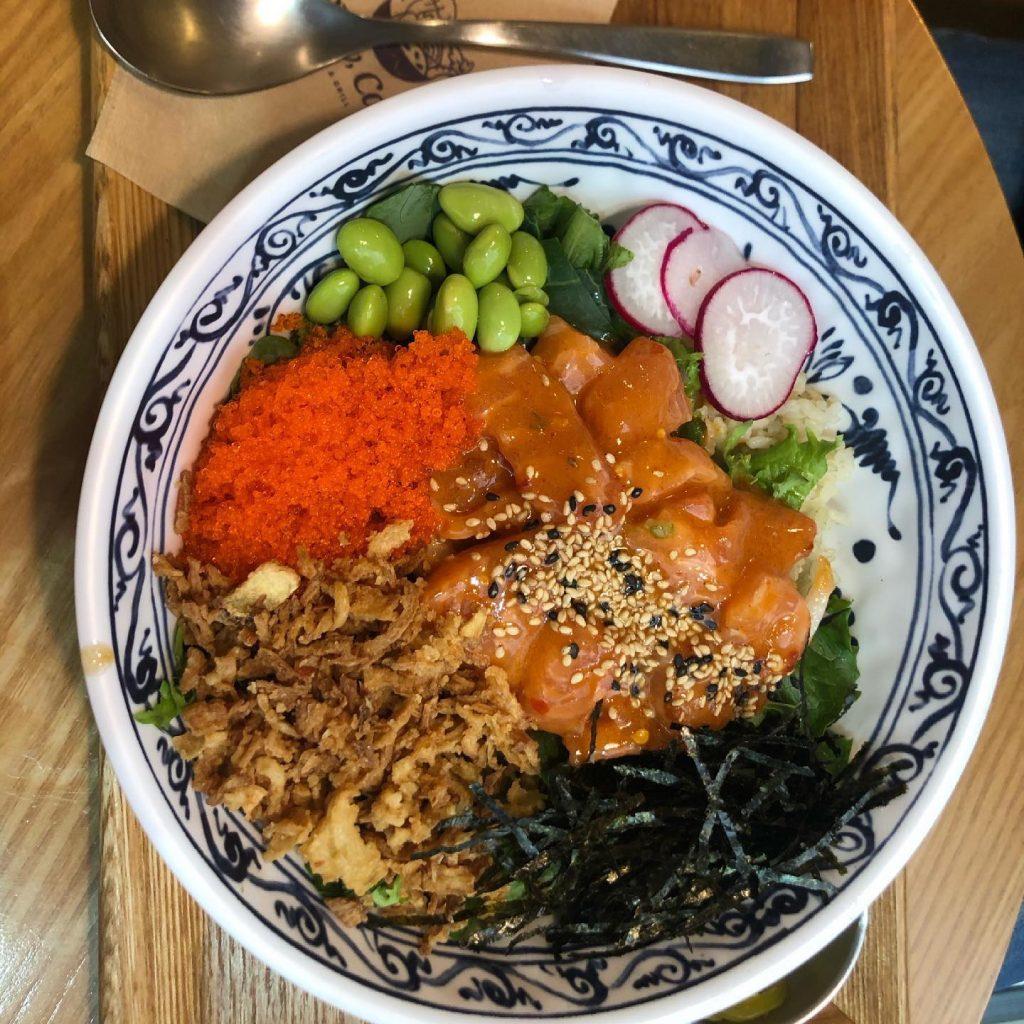 Spicy salamon slow cali poke bowl