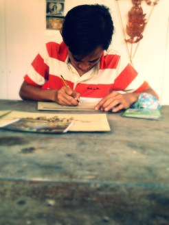 The iron pencil sketch master at work.