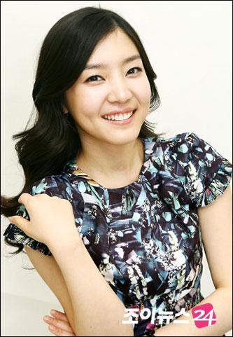 韓国 人気女優 シン・ダウン プロフィール 画像付