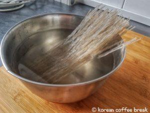 Baigner les pâtes dans l'eau