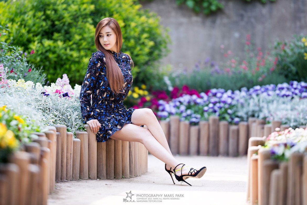 Korean model Kim Ha Yul garden photoshoot