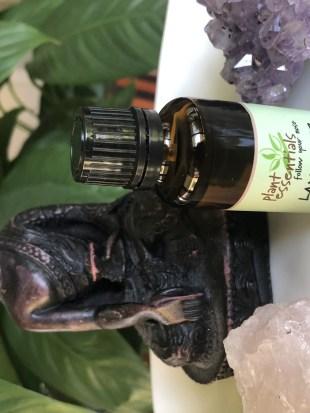 essential oils bad for skin sensitizing skincare ingredients fragrance free skincare