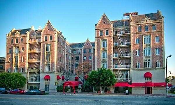 Windsor Apartment Hotel
