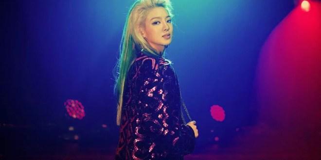 Hyoyeon عضوة Girls' Generation تصرخ على عامل ملهى ليلي كي يتوقف عن لمسها