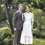デンマーク皇太子夫妻金沢へ 真っ白レースワンピースのメアリー妃