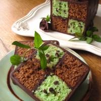 Daring Bakers: Battenberg Cake
