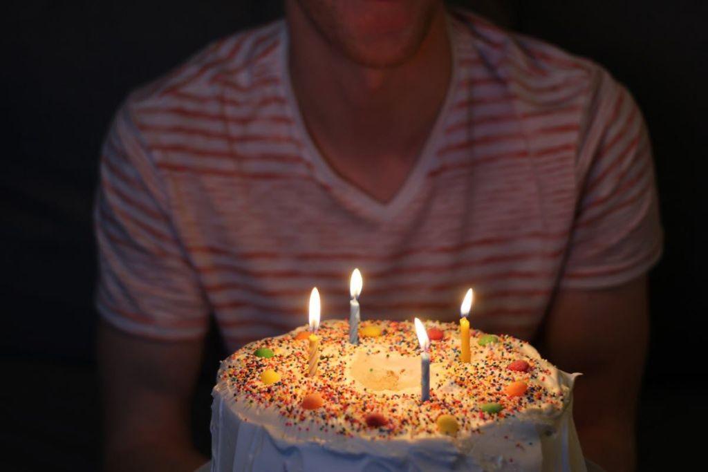 Regalo de cumpleaños - Carlos Padilla