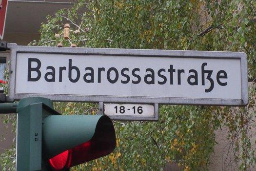 2016 Laterne laufen in der Schöneberger Barbarossastraße