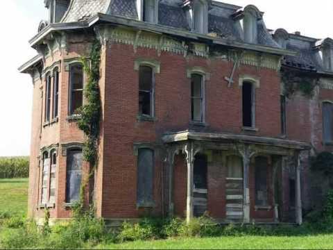 Странная история о доме с призраками.
