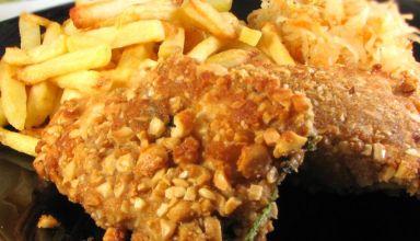 Kotlety z kurczaka panierowane w orzechach