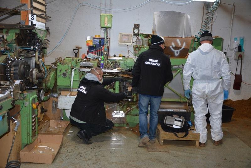 Największa w Polsce nielegalna fabryka papierosów