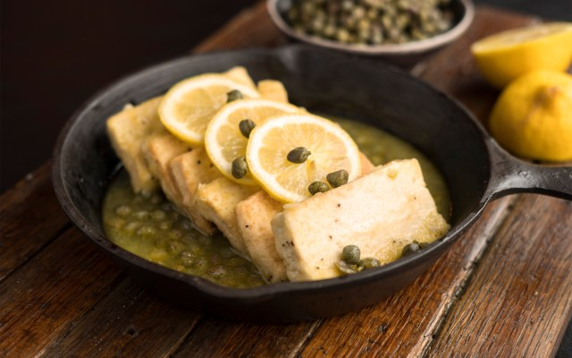 Tofu with White Wine, Lemon and Capers