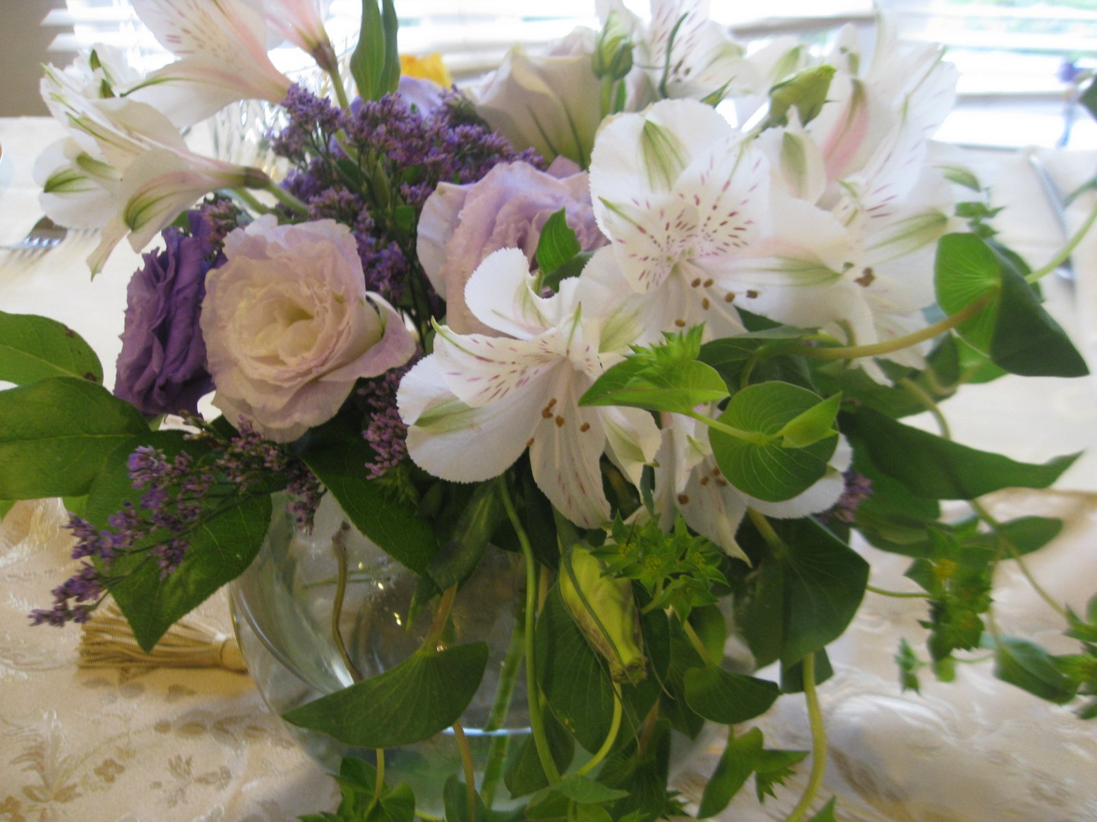 My Frugal Simcha: A Bridal Bouquet From Whole Foods