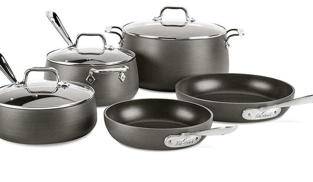 Amazon | BEST PRICE: All-Clad  8-Piece Hard Anodized Nonstick Dishwasher Safe Cookset