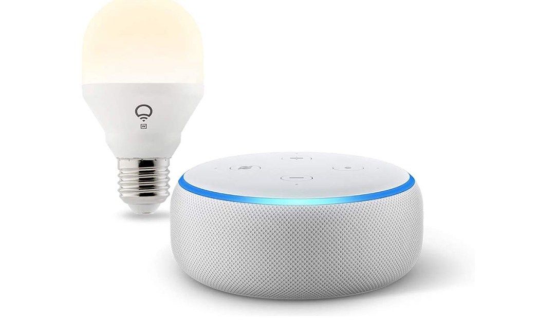 Amazon | BEST PRICE: Echo Dot with LIFX Smart Bulb Bundle
