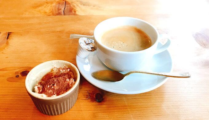 FRANK(コーヒーとプチデザート)