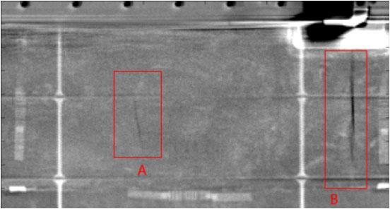 Rentgenové snímky ukazují praskliny v pěně.