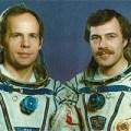 Posádka EO-6: (zleva) Solovjov, Balandin