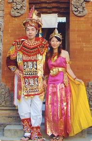 リトルワールドの衣装 バリ島舞踊衣装