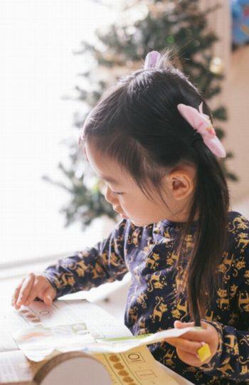 【口コミ有】幼児,子供の英語教室いつから通わせると成果がでるの?
