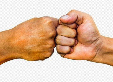 兄弟喧嘩、殴り合いをした時はどうする?
