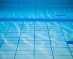 アトピー性皮膚炎や喘息の子供は海や川、プールに入っていい?
