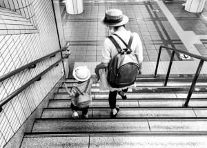 シングルママ貧困不安悩み