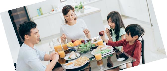 画像-家族の食卓