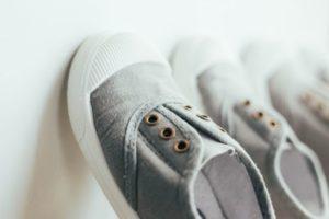 子供 靴 乾かす