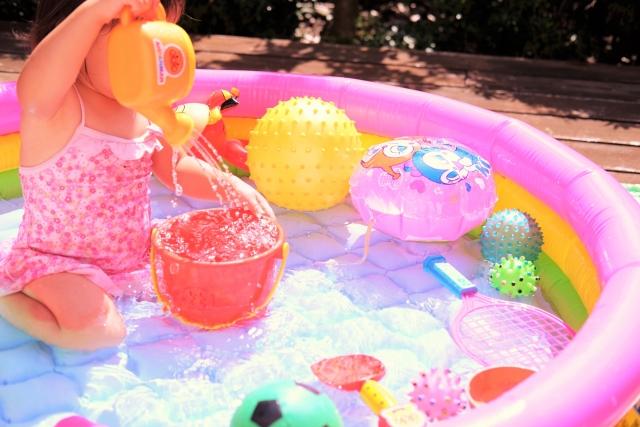ビニールプール 水遊び
