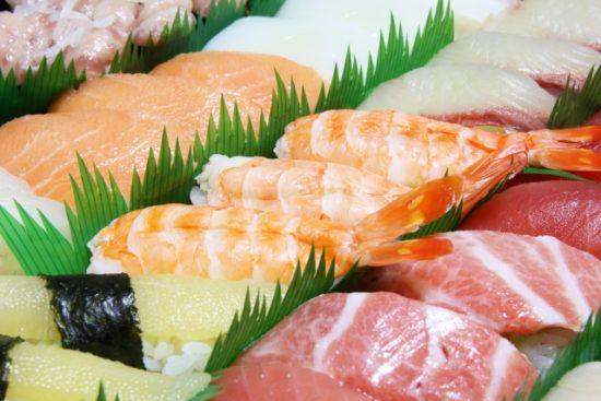 会食 寿司 取り寄せ