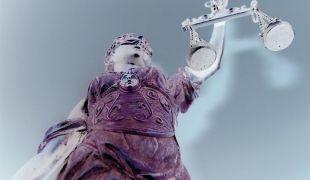 Zdjęcie posągu Temidy