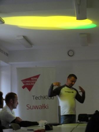 TechKlub oświetlenie