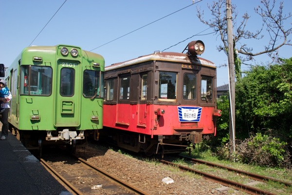 デハ801と2000形