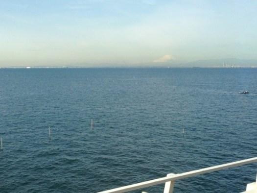 アクアラインからの富士山