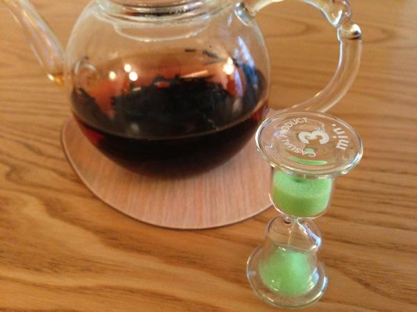 お茶と3分砂時計