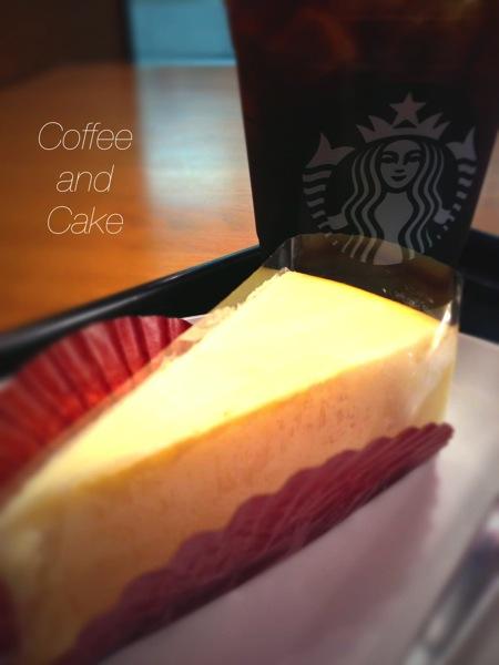 アイスコーヒーとニューヨークチーズケーキ