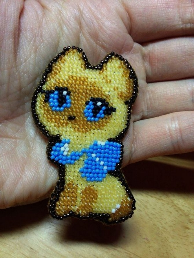 beaded_brooch_cat-5