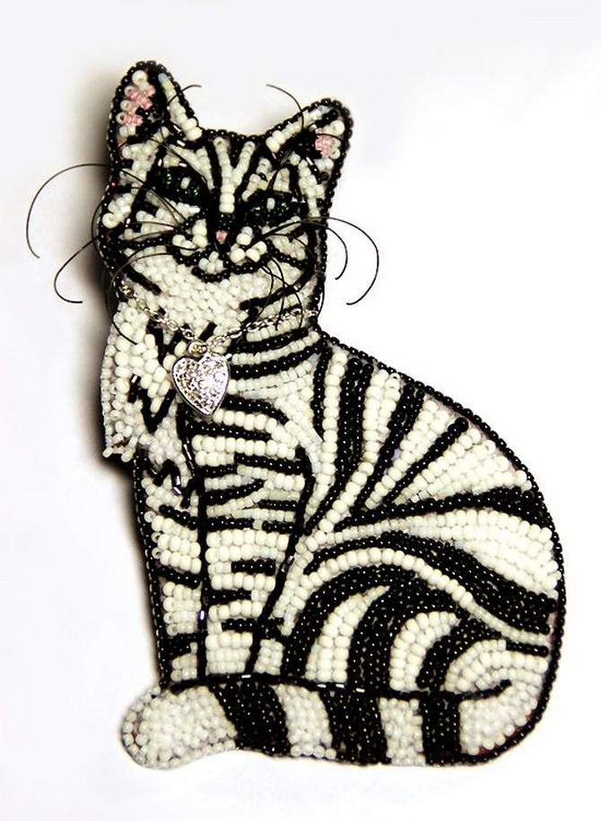 beaded_brooch_cat-9