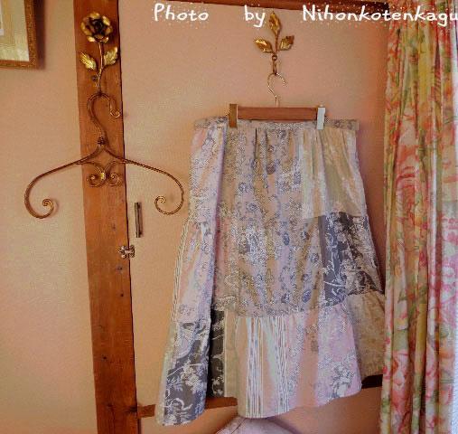 マドヴァンのスカート