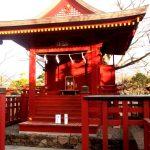 旗上弁財天社、政子石、夫婦円満に霊験あらたか、鎌倉七福神のひとつです、鶴岡八幡宮
